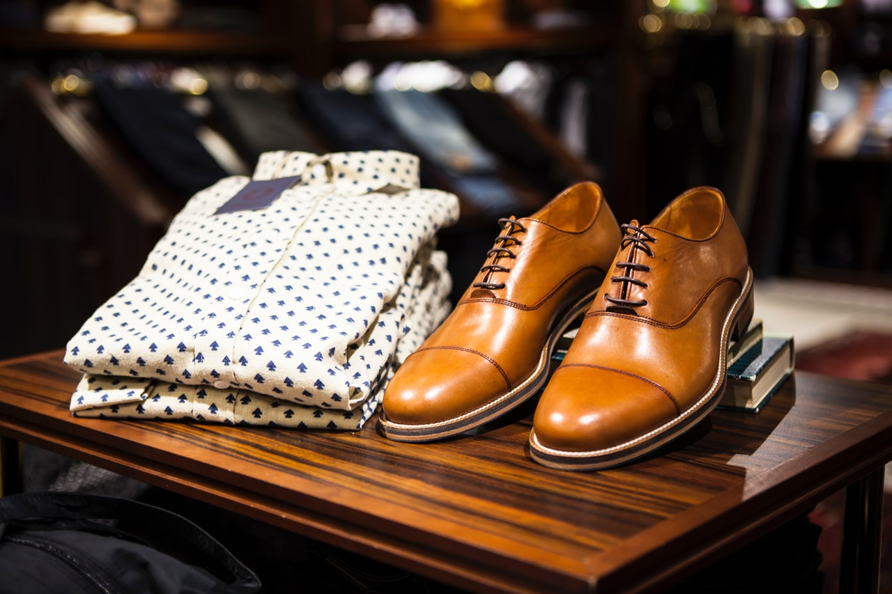 a shirt and shoes/Best Clothing Brands to Resell